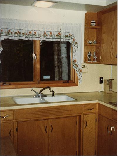 The kitchen at Hansen's house